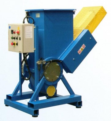 MACINATORE mod. BRUCO - Prod. 40/60 kg/h