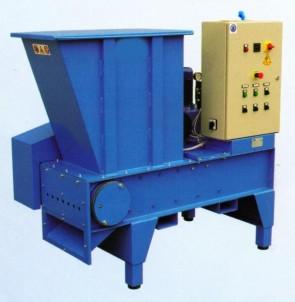 MACINATORE mod. CASTORO - Produzione 100/150 kg/h